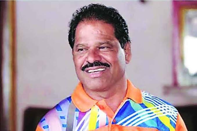 Give 'Arjunveer' Kaka Pawar a chance in the Vidhan Parishad; Demand from wrestler to Sharad Pawar | 'अर्जुनवीर' काका पवारांना विधानपरिषदेवर संधी द्या; शरद पवारांकडे पैलवान मंडळींची मागणी