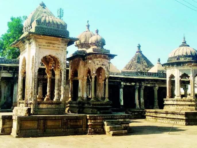 Conservation of Gosavi monasteries and temples required   गोसावी मठ व मंदिरांचे संवर्धन आवश्यक