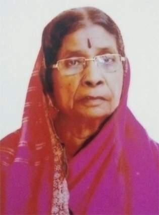 Funeral at Bhudevi Gorantyal | भूदेवी गोरंट्याल यांच्यावर अंत्यसंस्कार