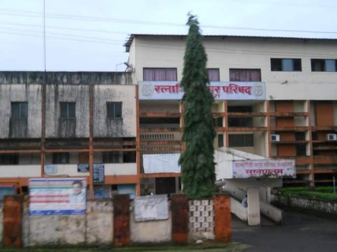 Shiv Sena on party lines in Congress | रत्नागिरी नगराध्यक्ष पोटनिवडणूक : कॉँग्रेसमधील गटबाजी शिवसेनेच्या पथ्यावर?