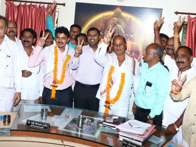 Chalisgaon Market Committee Chairman, Deputy Speaker elected unopposed | चाळीसगाव बाजार समिती सभापती, उपसभापती निवड बिनविरोध