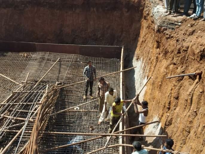 Iron trap collapses, highway quadrant works: 3 injured in fierce incident | लोखंडी सापळा कोसळला, महामार्ग चौपदरीकरणाचे काम
