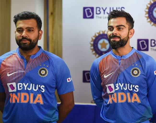 India vs South Africa, 1st T20I: Rohit Sharma and Virat Kohli's record-breaking race ... | India vs South Africa, 1st T20I: रोहित की विराट कोण ठरणार सरस, चाहत्यांना उत्सुकता...