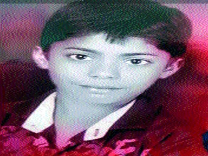 Three devotees killed in the crash | कळवणजवळ अपघातात तीन भाविक ठार