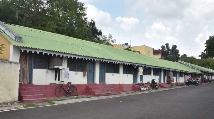 Order to evacuate the '160 room hall' colony in Nagpur | नागपुरातील '१६० खोल्यांचे गाळे' वसाहत रिकामे करण्याचे आदेश