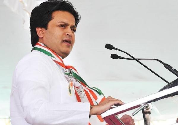 BJP's search for candidate against Amit Deshmukh continues | अमित देशमुख यांच्या विरोधात भाजपकडून उमेदवाराचा शोध सुरूच