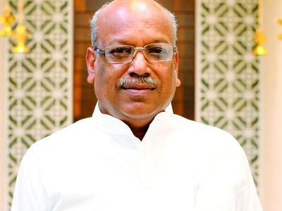 Akola MP Sanjay Dhotre elected as Union Minister of State | अकोल्याचे खासदार संजय धोत्रे यांची केंद्रीय राज्यमंत्रीपदी निवड