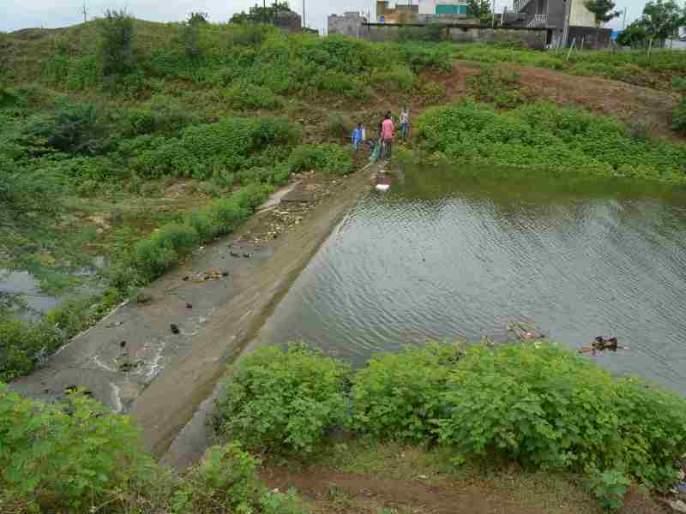 Mehun lake 'over flow' for six years | सहा वर्षांनतर मेहरुण तलाव 'ओव्हर फ्लो'