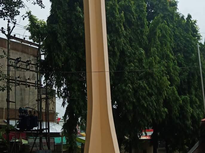 A martyr's martyrdom to arouse national pride | राष्ट्राभिमान जागृत करणारे पाचोऱ्याचे हुतात्मा स्मारक