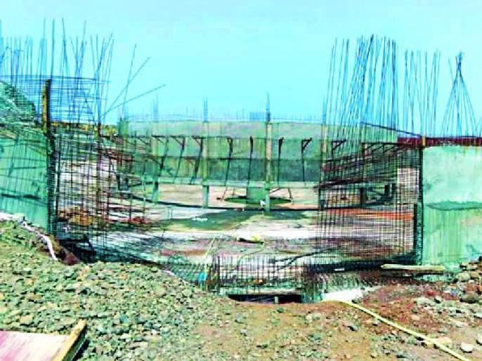 The plan is 277 crores, the contractor gets 110 crores | योजना २७७ कोटींची, कंत्राटदाराला ११० कोटी