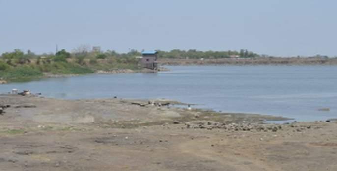 Nakna lake reservoir will be available at the end of June   नकाणे तलावातील जलसाठा जूनअखेर पुरणार