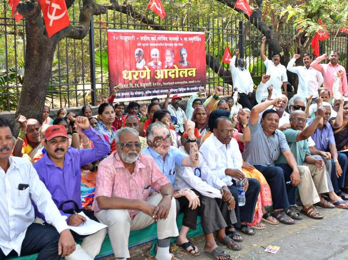 Varna, Chandoli project victims start unprecedented, rally against collector office   वारणा, चांदोली प्रकल्पग्रस्तांचा बेमुदत ठिय्या सुरू,जिल्हाधिकारी कार्यालयावर धडक मोर्चा