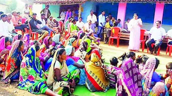 The villagers read the problems | गावकऱ्यांनी वाचला समस्यांचा पाढा