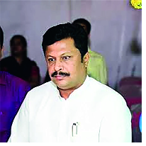 Calling on 'planning' of 'Kolhapur' from Shivsena, 'Planning' on 'Planning' | शिवसेनेकडून 'कोल्हापूर'ची 'नियोजन'वर बोळवण