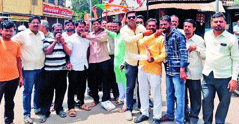 Suresh Khade's election as a minister | सुरेश खाडेंच्या मंत्रीपदी निवडीने मिरजेत जल्लोष