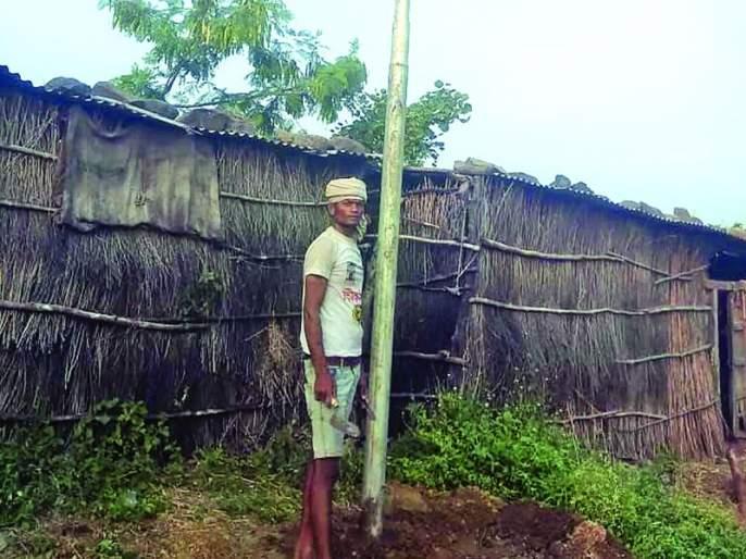 excavation under Bharat Net Scheme; The loss of farmers!   भारत नेट योजनेंतर्गत विनापरवानगी खोदकाम; शेतकऱ्यांचे नुकसान!