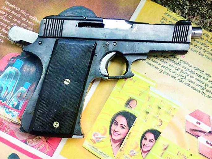 Unauthorized pistol holder arrest   अनधिकृत पिस्तूल बाळगणारा जेरबंद