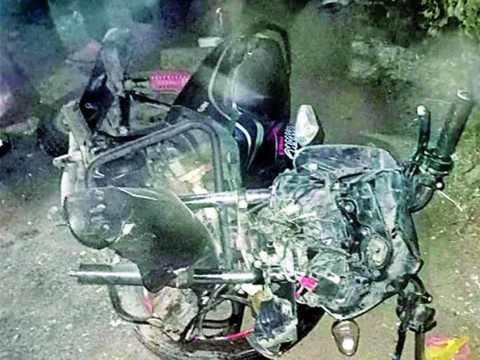One killed in a Ape-bike accident on the spot | अॅपे-दुचाकीच्या अपघातात एक जागीच ठार