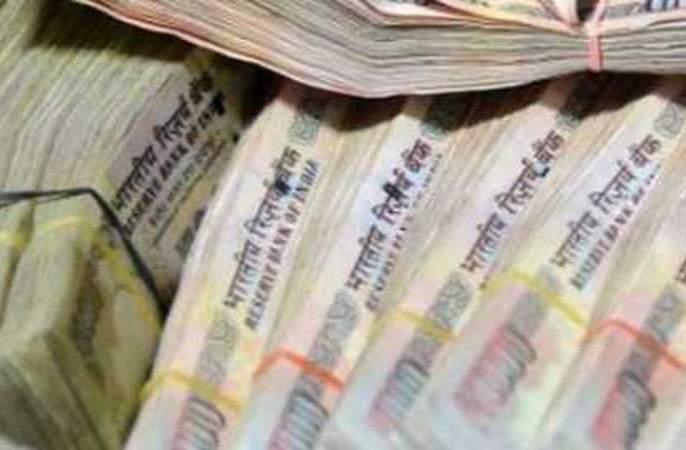 17.50 lakh cash seized in Khamgaon   खामगावात १७.५० लाखांची रोकड जप्त