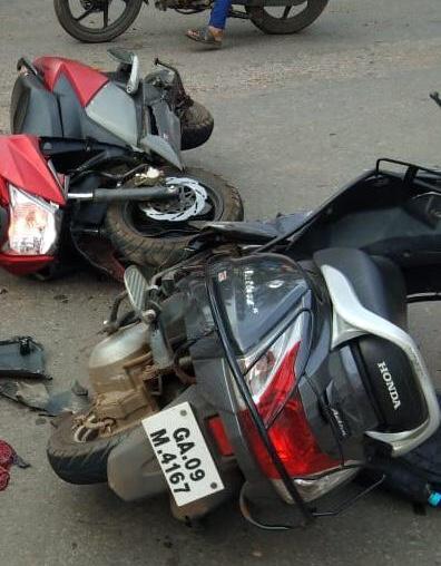 Two killed in Two-wheelers accident at goa | पाद्रीभाट-नेसाय येथेदुचाकींची समोरासमोर धडक; दोन ठार