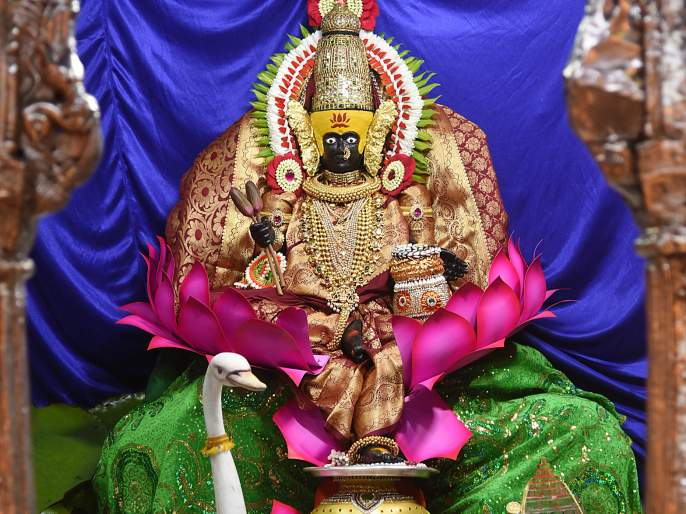 Start of Ambabai Shardiya Navratri festival as Mahashakti Kundalini | महाशक्ती कुंडलिनीस्वरूपा अंबाबाई शारदीय नवरात्रौत्सवास प्रारंभ