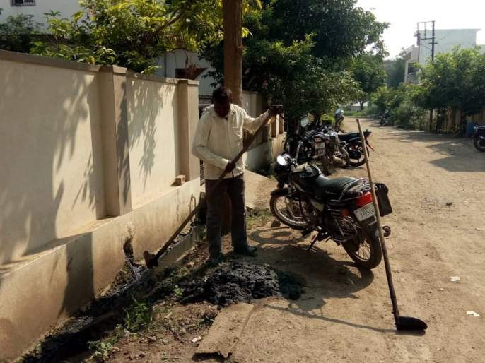 Parbhani: The pace of cleanliness operations under the campaign | परभणी : अभियानांतर्गत स्वच्छतेच्या कामांना दिली गती