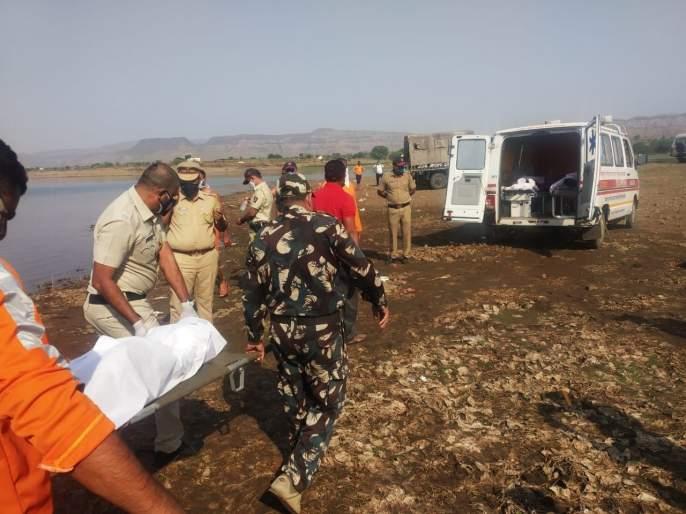 The bodies of five people who drowned in the Valdevi dam were found | वालदेवी धरणात बुडालेल्या पाच जणांचे मृतदेह सापडले