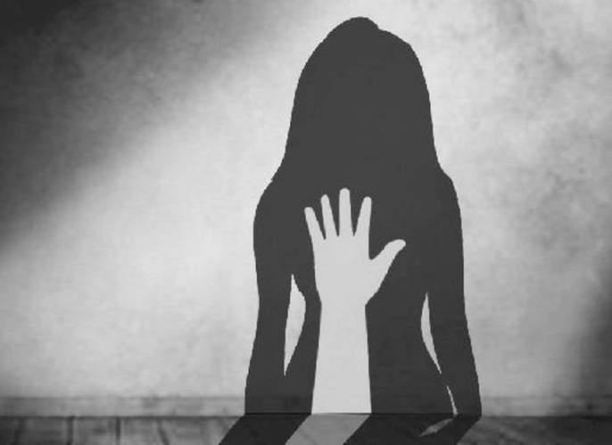 Forcefully marriage of a minor girl; forced to prostitution | अल्पवयीन मुलीचे जबरदस्ती लग्न; देहविक्रीसाठी केले बाध्य