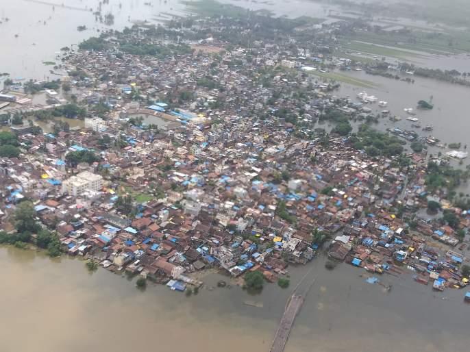 While facing the deluge in Sangli.. | नन्नाचा पाढा!