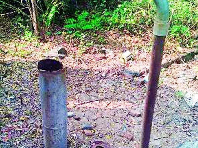 No water was found in the Acegaon Primary Health Center   आसेगाव प्राथमिक आरोग्य केंद्रात पाणीही मिळेना