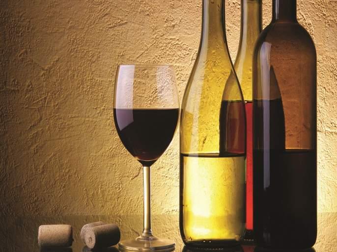 Drunkenness to Sultanpur; Get the Swim Show prize | सुलतानपूरला दारूबंदी; तळीराम दाखवा बक्षीस मिळवा