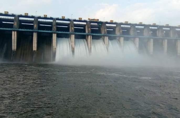 Seven doors of Upper Wardha Dam in Amravati district opened | अमरावती जिल्ह्यातील अप्पर वर्धा धरणाची सात दारे उघडली