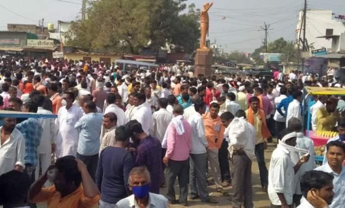 Shiv Sena and Congress dominate in the rural areas of Yavatmal district   यवतमाळजिल्ह्यातील ग्रामीण भागात शिवसेना, काँग्रेसचेच वर्चस्व