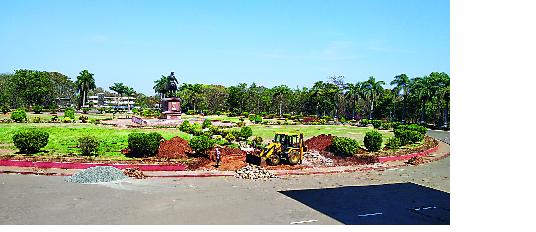 A new form will be available in the Shivaputla area of the university   विद्यापीठातील शिवपुतळा परिसराला मिळणार नवे रूप