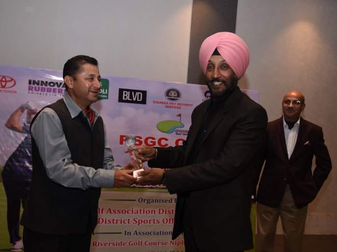 Vivek Sharma, Yalsee Verma winners in golf competition   गोल्फ स्पर्धेत विवेक शर्मा,यालसी वर्मा विजेते