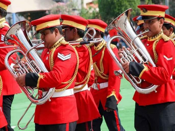 Band, Baja, Varat ... all jammed! ; Unemployment slump on orchestras | बॅण्ड, बाजा, वरात... सर्वच ठप्प! ;वाद्यवृंदांवर बेरोजगारीचे सावट