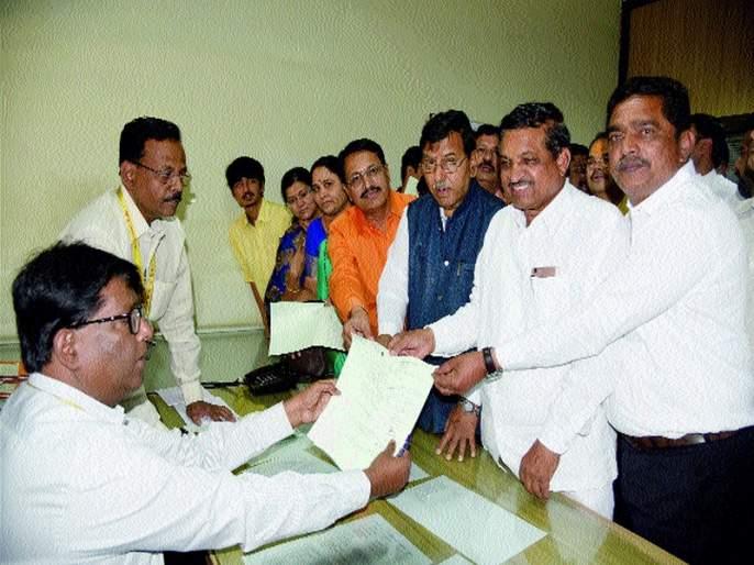 Rebellion in BJP for mayor | महापौरपदासाठी भाजपमध्ये बंड