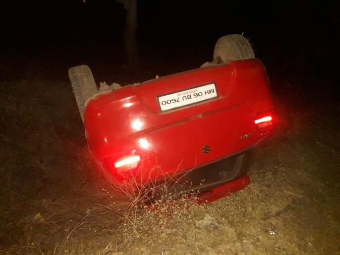 Three seriously injured in a car-two-wheeler accident near Pahur | पहूरजवळ कार-दुचाकी अपघातात तिघे गंभीर