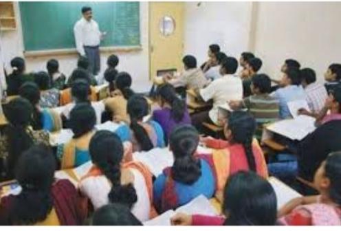 Good News; Permission to start coaching classes from 9th standard in Solapur city | Good News; सोलापूर शहरातील इयत्ता ९ वी पासूनचे कोचिंग क्लासेस सुरू करण्यास परवानगी