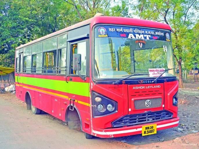 City bus vandalism; Driver-car accidentally hit | सिटी बसची तोडफोड; चालक-वाहकास बेदम मारहाण