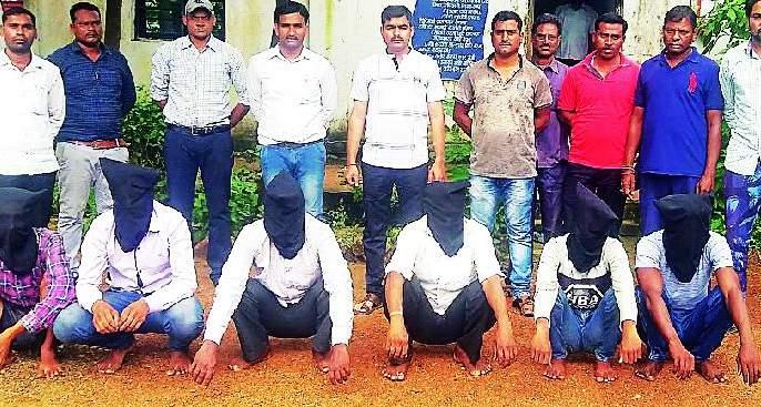Six men arrested for ransom | खंडणी मागणाऱ्या सहा जणांना अटक