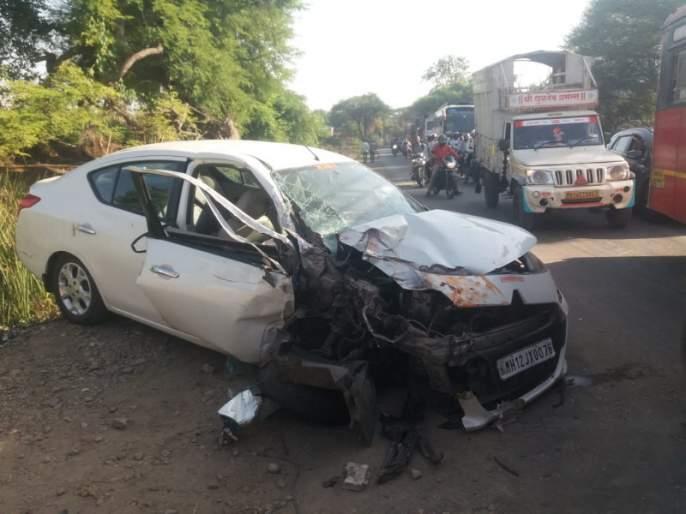 bus and car accident at Kalamb in Ambegaon taluka   आंबेगाव तालुक्यात कळंबला बस, मोटारीची समोरासमोर धडक