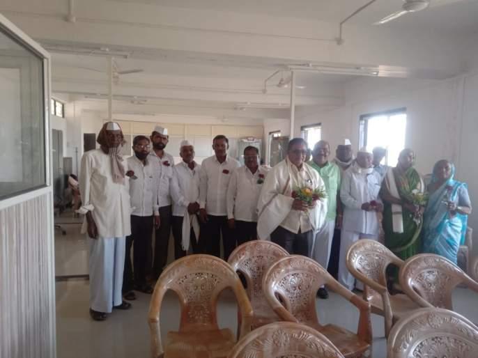 Jadhav as the President of Sainath Society | साईनाथ सोसायटीच्या अध्यक्षपदी जाधव