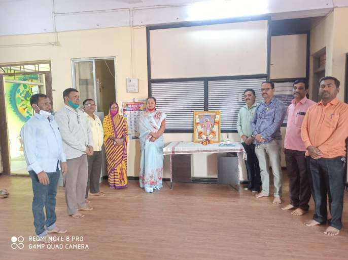 Niphad celebrated Shiva Jayanti with enthusiasm   निफाडला शिवजयंती उत्साहात साजरी