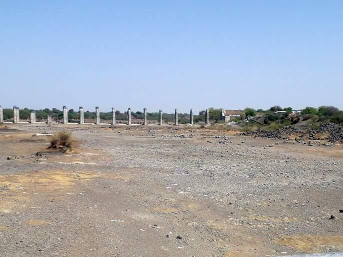 Parbhani: Increased irritation for water | परभणी: पाण्यासाठी वाढली व्याकुळता