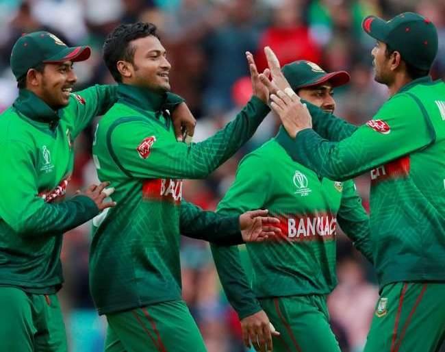 All Bangladesh cricketers strike for salary hike; India tour threatens | पगारवाढीसाठी बांगलादेशच्या सर्व क्रिकेटपटूंनी पुकारला संप; भारताचा दौरा आला धोक्यात