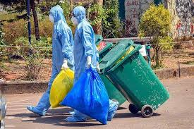 Coronavirus Pune : 6,000 kg of corona waste generated in a day | Coronavirus Pune : अरे बापरे ! पुण्यात कोरोनाचा दिवसाला तयार होतोय ६ हजार किलो कचरा