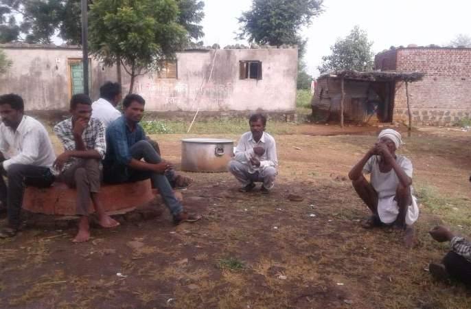 Zero percentage vote in Dharkanhan village in Yavatmal district | Maharashtra Election 2019; यवतमाळ जिल्ह्यातील धारकान्हा गावात शून्य टक्के मतदान