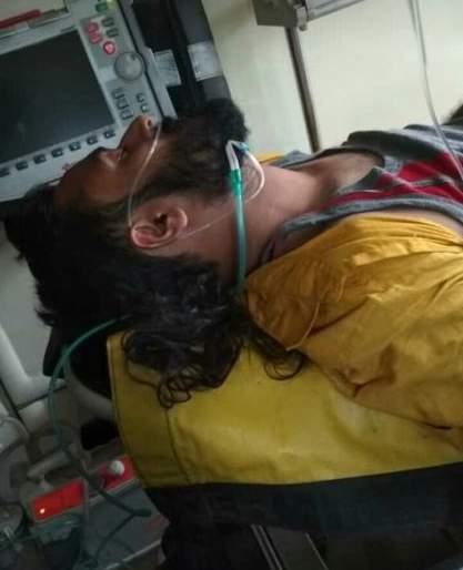 Attack on Devendra Bhuiar candidate in Amravati district | Maharashtra Election 2019; अमरावती जिल्ह्यात उमेदवार देवेंद्र भुयार यांच्यावर प्राणघातक हल्ला