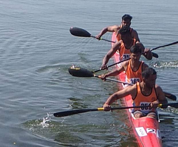 Bronze to Shivaji University in kayaking competition | कायकिंग स्पर्धेत शिवाजी विद्यापीठाला कास्य